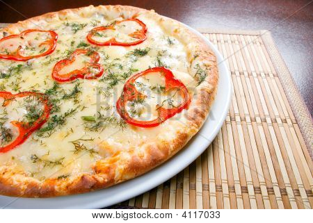 Fast Food Pizza.Natural Form Foods