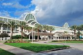 ORLANDO, FL - FEB-6: Das Orange County Convention Center am International Drive am 6. Februar 2012