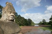 picture of asura  - Head of Asura from the entrance of Angkor Thom - JPG
