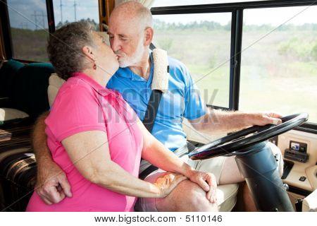 RV Senioren fahren Ablenkungen