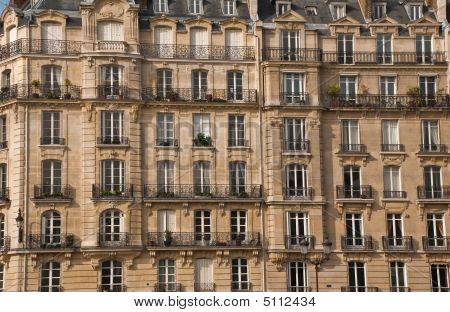 Building In Paris