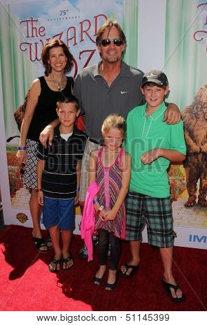 "LOS ANGELES - SEP 15:  Kevin Sorbo at the ""The Wizard Of Oz 3D"" World Premiere Screening at TCL Chinese IMAX Theate on September 15, 2013 in Los Angeles, CA"