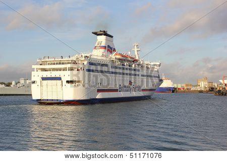 Passenger ferry arriving from france