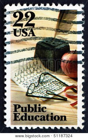 Postage Stamp Usa 1982 Quill Pen, Apple, Public Education