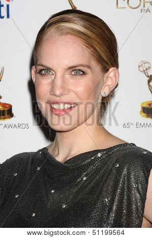 LOS ANGELES - SEP 20:  Anna Chlumsky at the Emmys Performers Nominee Reception at  Pacific Design Center on September 20, 2013 in West Hollywood, CA