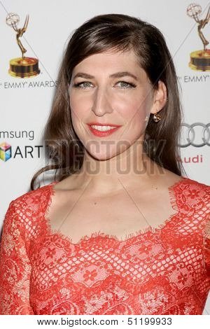 LOS ANGELES - SEP 20:  Mayim Bialik at the Emmys Performers Nominee Reception at  Pacific Design Center on September 20, 2013 in West Hollywood, CA