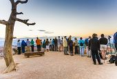 People Wait For The First Sun At The Bryce Point In The Bryce Canyon