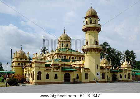 Sultan Ala'eddin Royal Mosque
