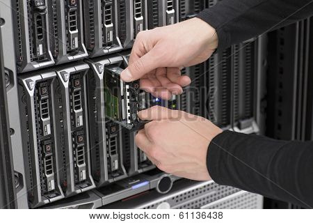 IT Consultant Replace Hard Drive Blade Server
