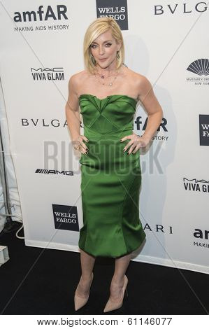 NEW YORK-FEB 5: Actress Jane Krakowski attends the 2014 amfAR New York Gala at Cipriani Wall Street on February 5, 2014 in New York City.