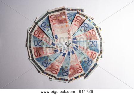 Money Circle