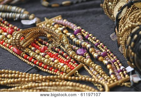 Ancient Gold Jewelry And Precious Jewels For Sale