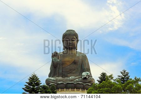 HDR: Tian Tan Giant Buddha at Po Lin Monastery Hong Kong