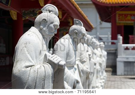 72 followers statues of Confucian Temple in Nagasa