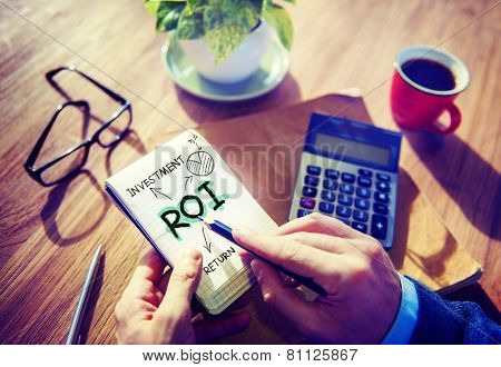 Businessman Notepad Roi Word Concept
