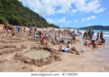 Hot Water Bech - New Zealand