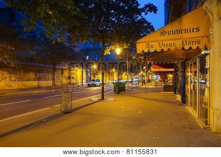 PARIS - SEP 05: Paris at night on September 05, 2014 in Paris, France. Paris, aka City of Love, is a popular travel destination and a major city in Europe