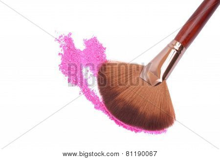 Crisp Eyeshadow Makeup And Brush