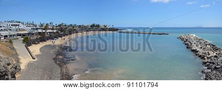 Flamingo beach at Playa Blanca
