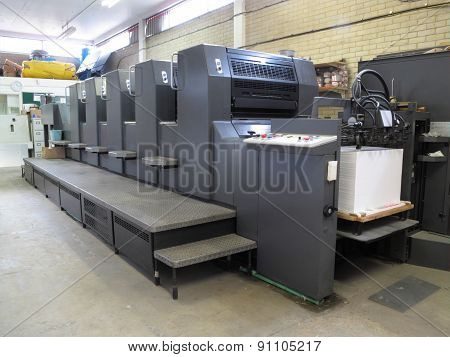 Lithograph printing machine