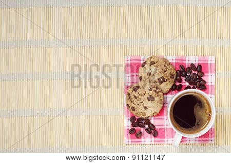 Coffee With Chocolate Cookies
