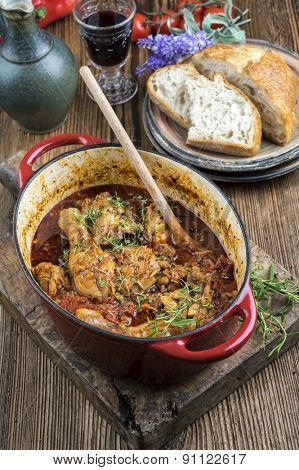 Chicken stew in casserole - Poulet Basquaise