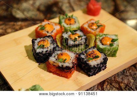 Delicious sauced Saka na maki sushi rolls