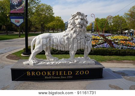 Brookfield Zoo Lion Sculpture
