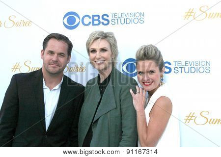 LOS ANGELES - MAY 18:  Kyle Bornheimer, Jane Lynch, Maggie Lawson at the CBS Summer Soiree 2015 at the London Hotel on May 18, 2015 in West Hollywood, CA