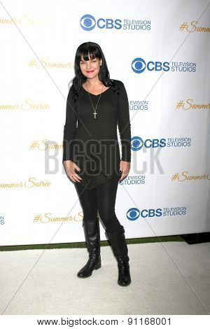 LOS ANGELES - MAY 18:  Pauley Perrette at the CBS Summer Soiree 2015 at the London Hotel on May 18, 2015 in West Hollywood, CA