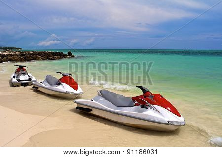 Personal Watercraft Waiting At The Shore