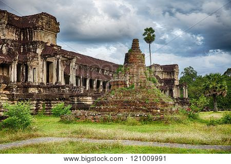 Stupa At Angkor Wat