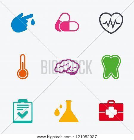 Medicine, healthcare and diagnosis icons.