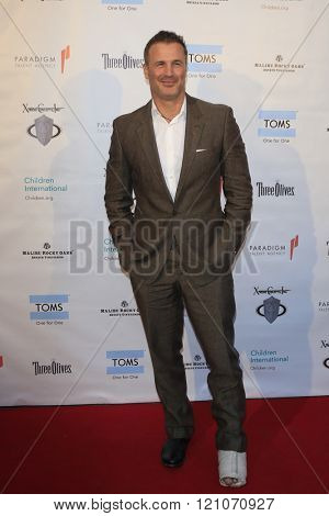 LOS ANGELES - MAR 5:  Joel Lambert at the Children International Charity's Share The Love Around The World Fundraiser at the Rocky Oaks Malibu on March 5, 2016 in Malibu, CA