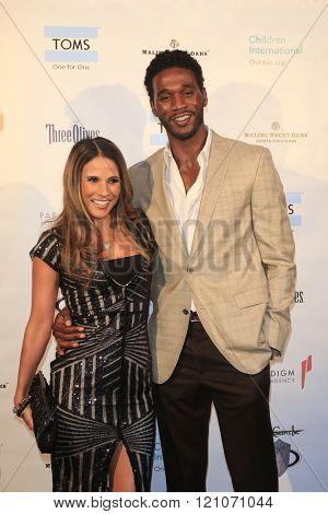 LOS ANGELES - MAR 5:  Bonnie Jill Laflin, Kareem Rush at the Children International Charity's Share The Love Around The World Fundraiser at the Rocky Oaks Malibu on March 5, 2016 in Malibu, CA