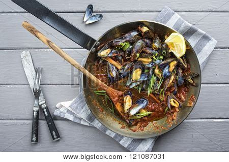 Sailors Mussel in Frying Pan