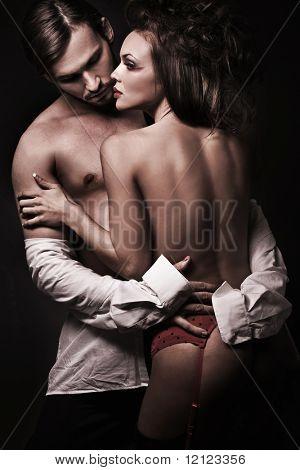 Retrato emotivo de um casal sexy