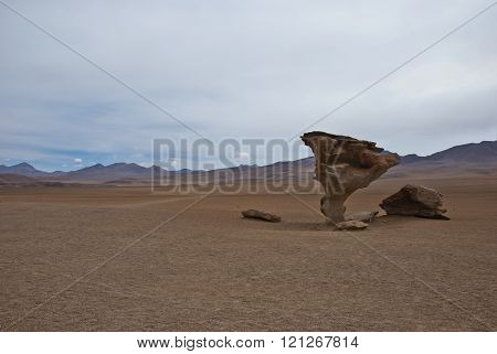 Rock formation (Arbol de Piedra) in Salar de Uyuni, Bolivia.