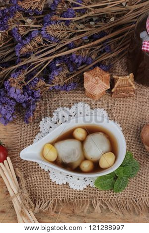 Chinese Dessert ,glutinous Rice Balls In Ginger Soup.