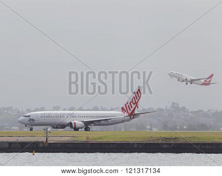 Red-white Boeing 737-8Fe (w) Virgin Australia
