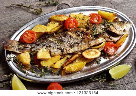 Grilled Fish With Baked Potato Wedges