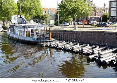 Tour boats Haarlem