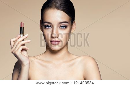 Brazilian young babe with lipstick