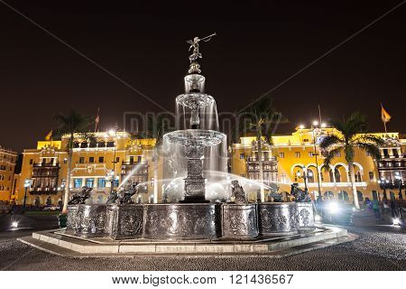 Fountain, Plaza Mayor