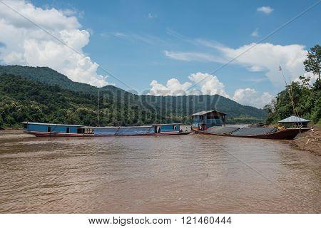 Mekong River Sightseen