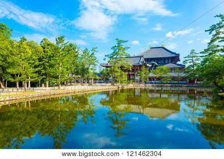 Daibutsuden Front Entrance Gate Pond Reflection H