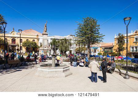 10 November Square
