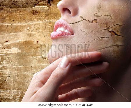 eine Wirkung von Crack auf der Haut eine Nahaufnahme einer Frau