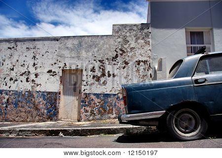 coches de época en bo-kaap. ciudad del cabo