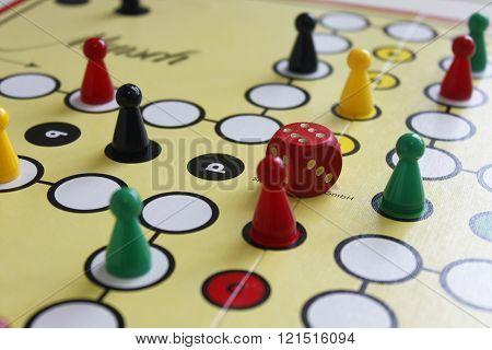 game play figure boardgame luck angry random